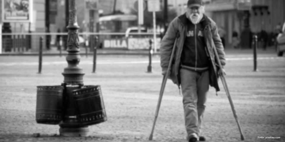 O aposentado acamado tem direito a 25% de adicional na pensão?